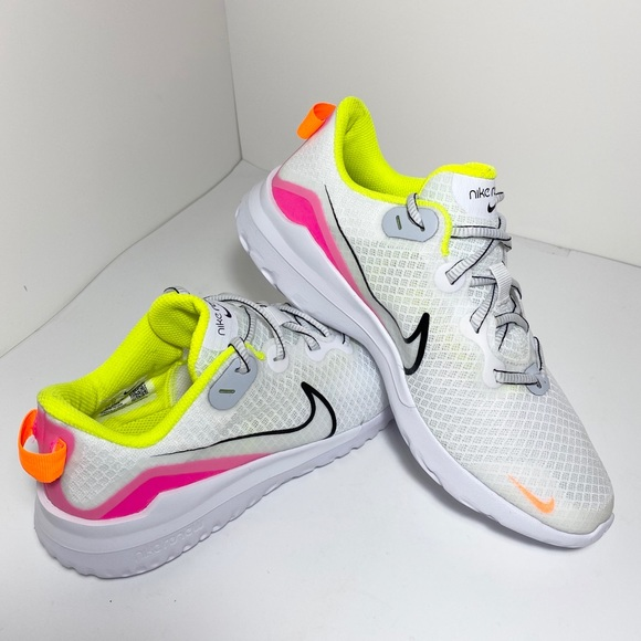 Nike Women Renew Ride Running Shoe Sz 8. NEW